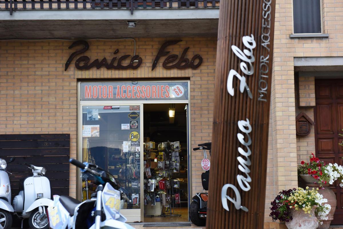 panico febo foto negozio esterno1