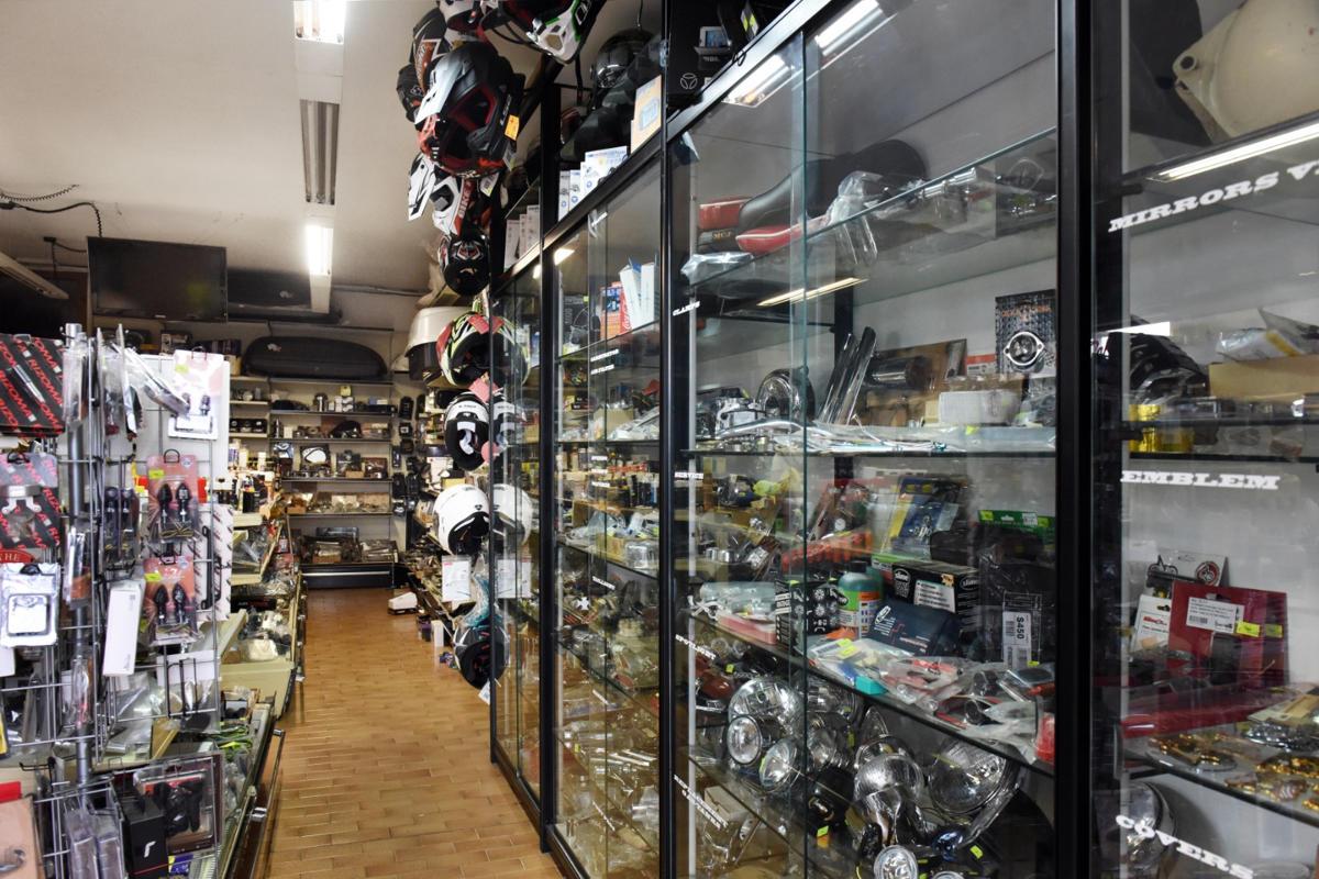 foto panico febo negozio interno 4